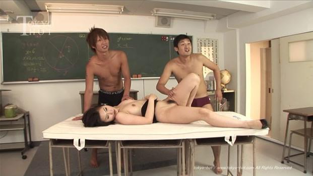 Tokyo Hot n0469 巨乳女教师奴隷化汁便器 03 Yuko Ninomiya 二宫裕子 Convulsion hell